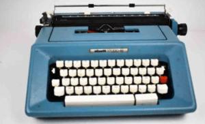 déco machine à écrire bleue